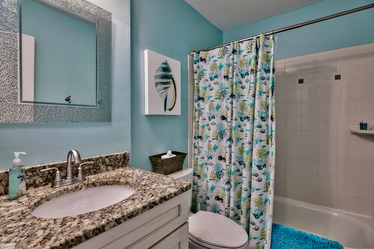 bath-up-destin-vacation-rentals